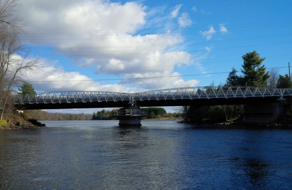 A bridge constructed using Triodetic bridge technology